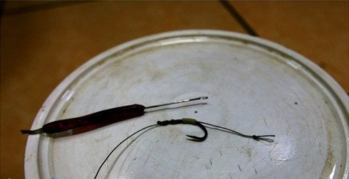 自制(专钓大鱼)新式挂玉米粒的钩组 1