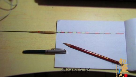 手工刷浮漂尾漆过程详解