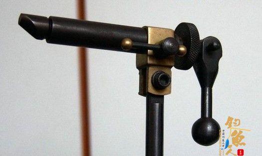 飞蝇钓专用毛钩绑制钳结构及装配