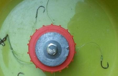 DIY渔具使用瓶盖制作翻版爆炸钩  最后成果