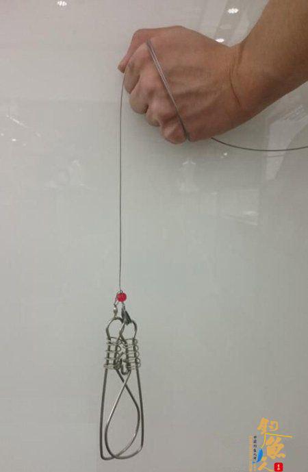 图文详解路亚鱼扣的正确使用方法-1