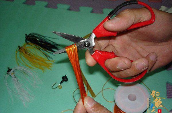 路亚胡须佬拟饵的DIY制作详解 15张图片