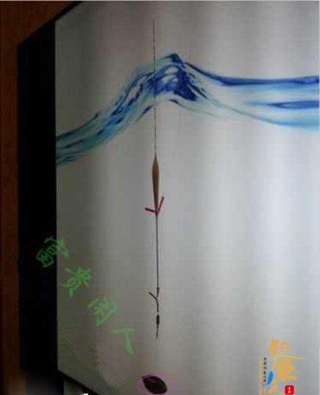 台钓鲢鳙鱼的三种自创调漂方法 图6 上饵料和垂钓钓浮方式